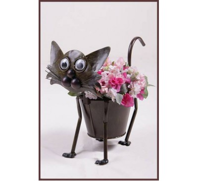 Metal Cat with Pot